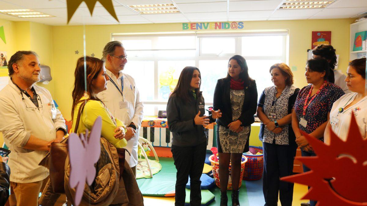 Seremi de Desarrollo Social visitó el Hospital de Chillán
