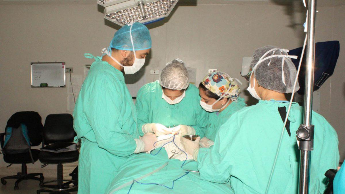 Foto de una de las 28 queiloplastía realizada a los pacientes con fisura labiopalatina durante este 2018 en el Hospital de Chillán.