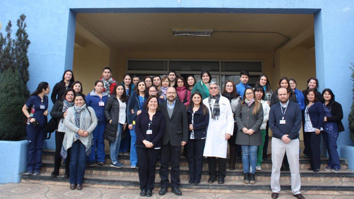Grupo de funcionarios que impulsan la implementación de las guías clínicas del Programa RNAO